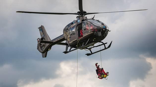 Helicopetr show v Hradci Králové.