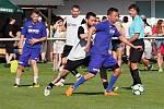 Charitativní exhibiční utkání ve fotbale: FC Nový Hradec Králové - Mountfield HK.