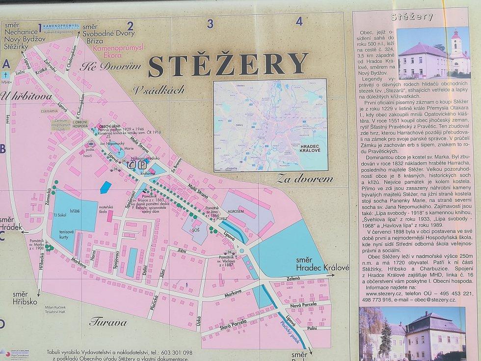 První písemná zmínka o obci Stěžery je z roku 1229.
