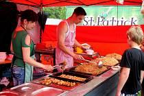Food festival na Eliščině nábřeží a přilehlém náměstí Osvoboditelů v Hradci Králové.