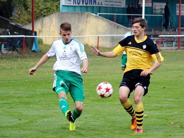 Fotbalová divize C: Litol - Olympia Hradec Králové (0:11).
