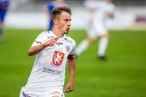 KAPITÁN ZŮSTAL. Adama Vlkanovu lanařil Baník Ostrava. Kluby se nedohodly. Fotbalista věří v postup s Hradcem.