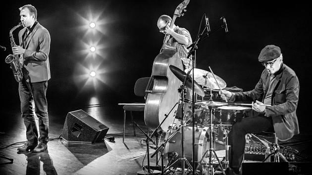 Mike Fletcher Trio.