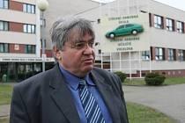 Majiteli autoškoly Bohuslavu Šlechtovi zloděj ukradl traktor. Tomu, kdo ho najde, vyplatí 50 tisíc korun.