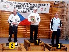 První František Baborák mezi medailisty.