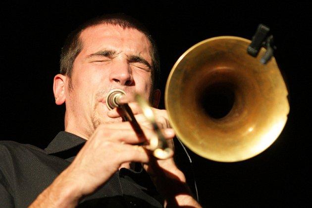 Jazz goes to town - OZMA - Francie. Divadlo Drak.