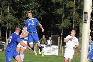 Fotbalisté Týniště doma dokázali otočil duel s rezervou Trutnova.