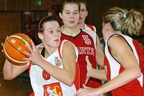 Andrea Ovsíková (vlevo)