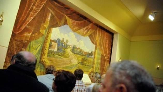 Úspěšnou meziválečnou éru třebíčských ochotníků připomene Jaroslav Dejl