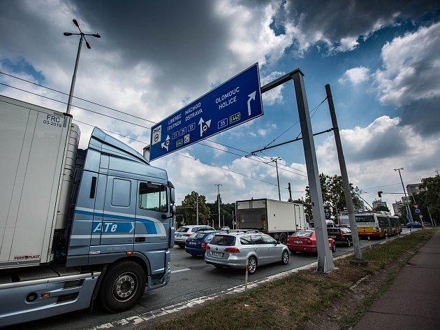 Zahájení rekostrukce křižovatky na ulici Brněnská v Hradci Králové.
