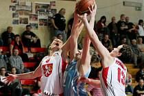 Osmifinále play off Ženské basketbalové ligy: Sokol Hradec Králové - Karlovy Vary.