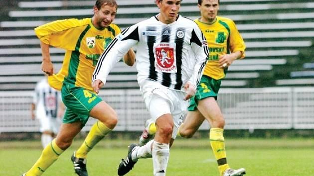 V loňské sezoně hradečtí fotbalisté porazili na domácím hřišti Sokolov 2:0.