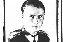 Polní pilot Hrubý.
