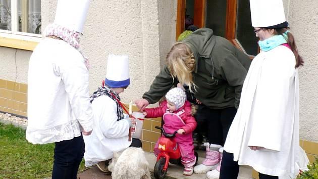 Tříkrálová sbírka v obci Lovčice.