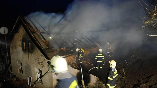 Požár rodinného domkuv Kozodrech