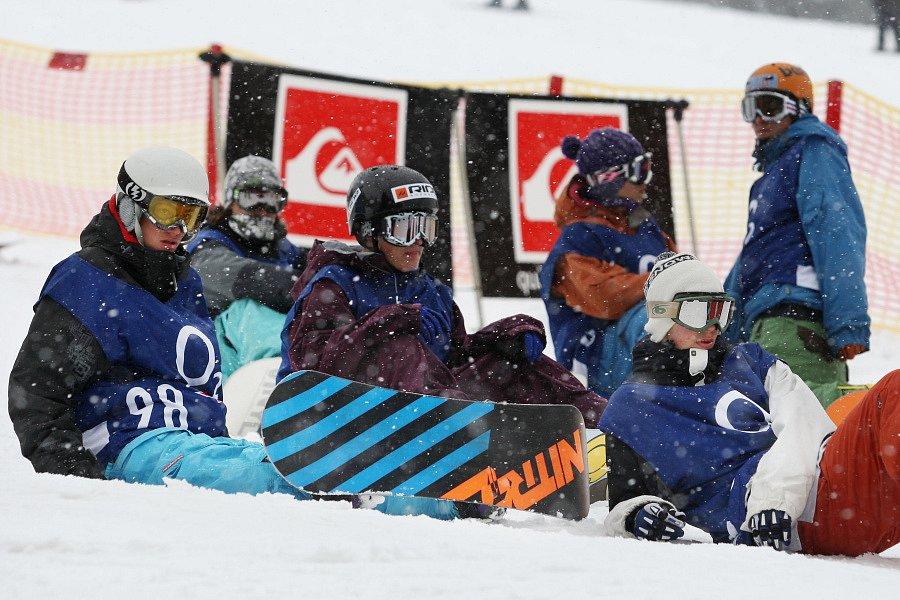 Po roční odmlce se opět konají největší freestylové snowboardové závody v České republice. Tříhvězdičkový TTR contest Quiksilver Snowjam O2 Snowboard Tour  v Peci pod Sněžkou