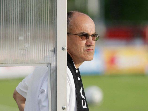 Trenér Václav Kotal.