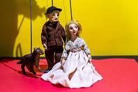 Daisy Mrázková: A co potom, Slone? - výstava v Labyrintu hradeckého divadla Drak.