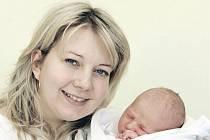 Filípek Cvejn přišel na svět 28. března v 19.48 hodin. Po narození měřil 51 centimetrů a vážil 3520 gramů. Se svými rodiči Vlaďkou a Petrem Cvejnovými a sestrou Kateřinou žijí v Hradci Králové.