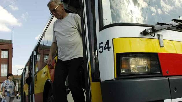 Okolí Hradce nezůstane bez dopravy