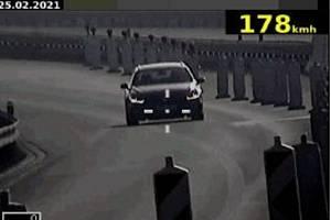 Řidič překročil povolenou rychlost téměř o sto kilometrů.