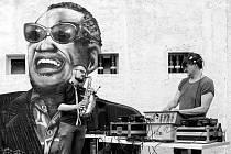 Bordel Rum DJs Funa a Sannyho.