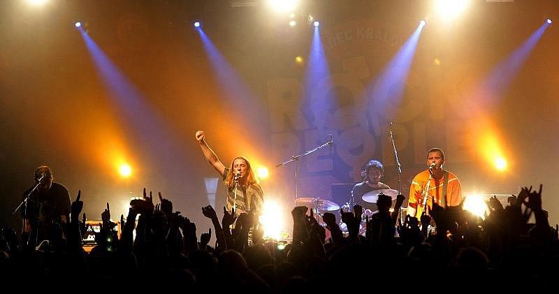 Rock for People. Neděle 4. července. Na snímku skupina Vypsaná Fixa.