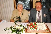 Manželé Jiránkovi se brali v roce 1952, proto oslavili diamantovou svatbu.