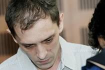 'Vlastní útok nožem si nepamatuji,' tvrdil obžalovaný  Martin Kouba.