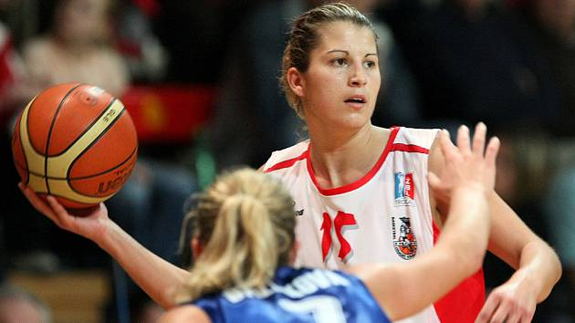 OPORA. Hradecká basketbalistka Milena Steffanová.