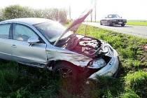 Dopravní nehoda dvou osobních automobilů u Lhoty pod Libčany.
