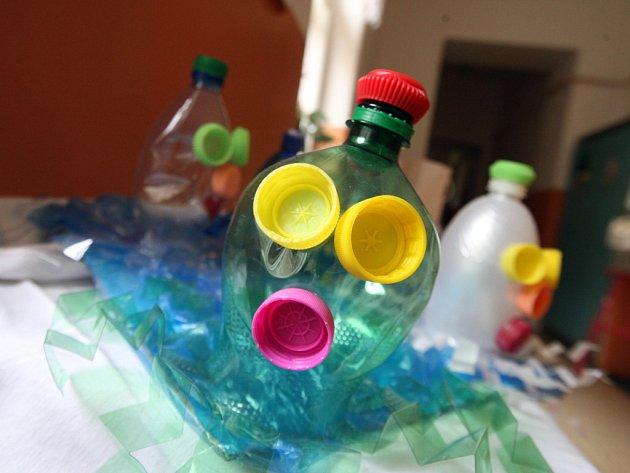 Z odpadu je možné vyrobit téměř cokoliv.