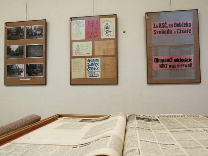 Výstava ke 40. výročí okupace v hradeckém Muzeu východních Čech