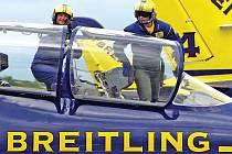 Francouzští akrobaté ze skupiny Breitling Jet Team na českých letounech L–39 Albatros se znovu představí v Hradci Králové. Jejich vystoupení při přehlídce CIAF patří k nejatraktivnějším.