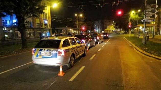 Pronásledování zfetovaného řidiče v centru Hradce Králové.