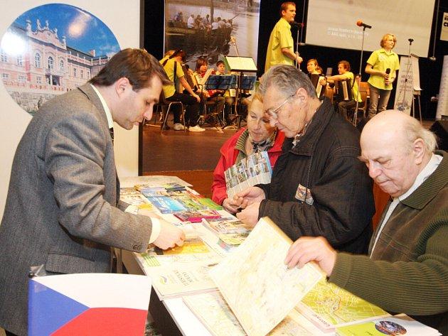 Veletrh cestovního ruchu Infotour a Cykloturistika v královéhradeckém Kongresovém centru Aldis.