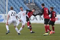Snímek ze zápasu Táborska v Hradci Králové, kde Jihočeši podlehli vedoucímu týmu tabulky 0:3.