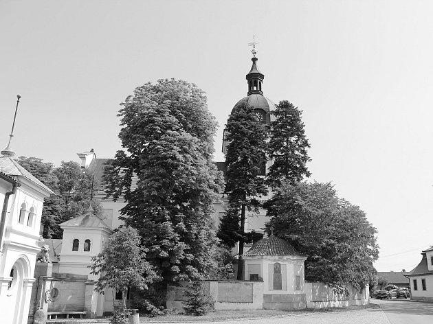 Jak jsme žili v Československu: Dobřenice.