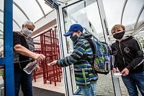 Školy se opět otevřely - za přísných hygienických opatření.