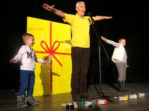 Michal Nesvadba s dětmi.