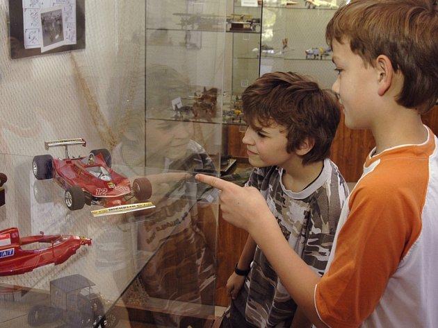 Výstava zaujme děti, tatínky možná ještě více