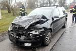 Dopravní nehoda osobního automobilu a dodávky v Zadražanech.