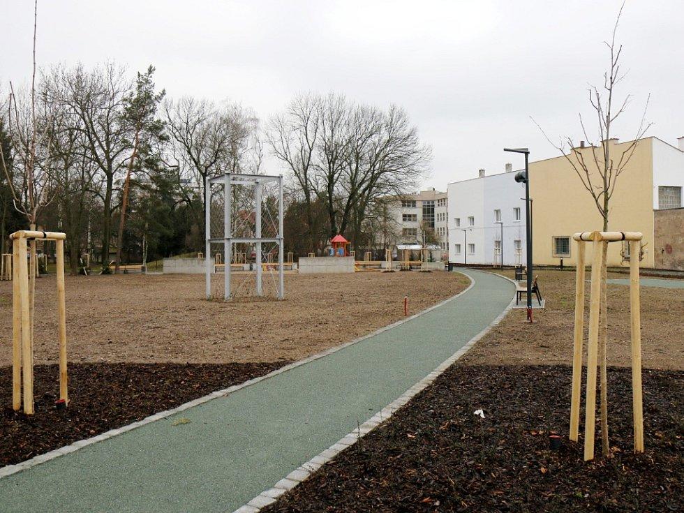 Park Skleněnka v centru Hradce Králové.