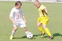 Z mezinárodního žákovského turnaje ve fotbale O pohár primátora města Hradec Králové.