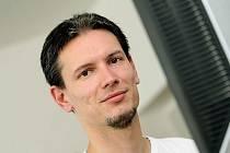 Lukáš Pochylý z Českého červeného kříže při on-line rozhovoru (čtvtek 12. srpna 2010).