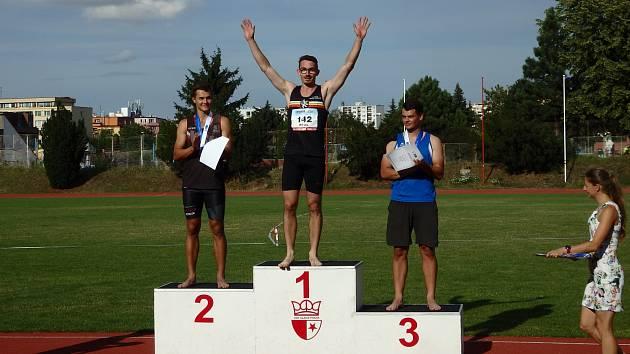 Královéhradecký atlet Radoš Rykl vystoupal v pražském Edenu na nejvyšší stupínek.