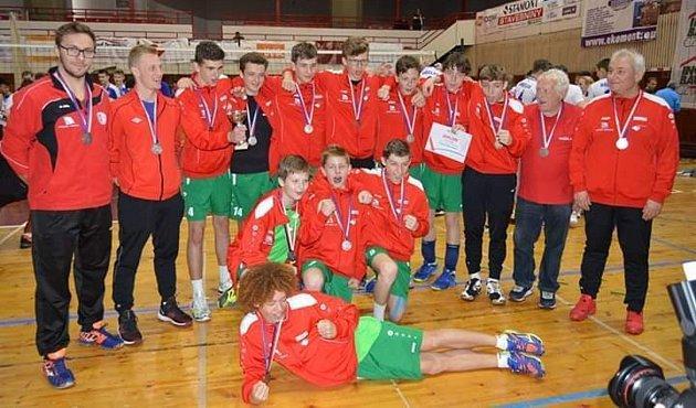 Vicemistři ČR 2019 - žáci TJ Slavia HK.