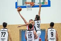 Basketbal Hradec Králové vs. Pardubice