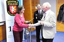 Akademie seniorů - projekt vzdělávání realizovaný oddělením prevence kriminality Městské policie Hradec Králové.