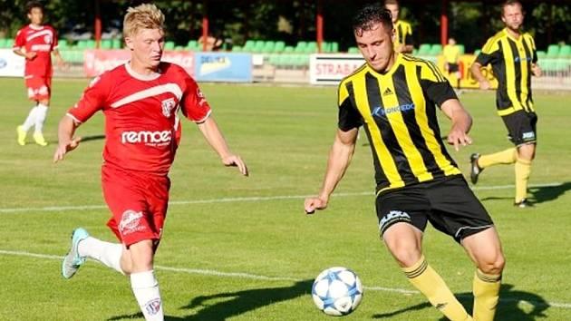 Fotbalová divize C: Pardubice B - Kratonohy.